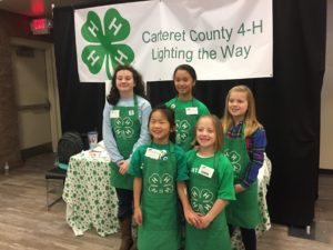 Cover photo for Carteret County 4-H Joins Local Charities to Give Back to Our Community